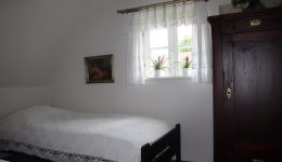 Schlafzimmer Klein (Obergeschoß)